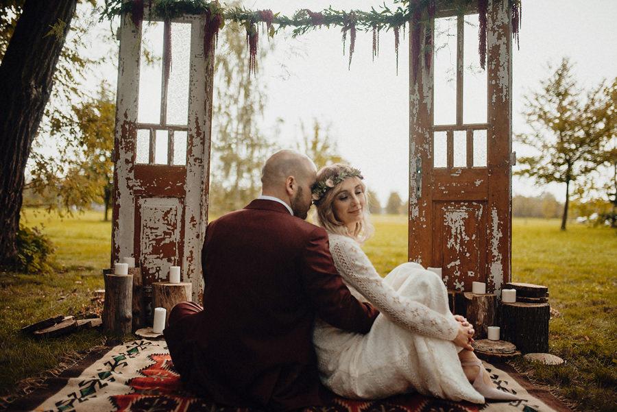 ślub w plenerze w okolicy Warszawy