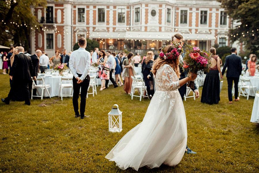 wesele w ogrodzie